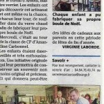 Article Var matin Réalisation de Boule de Noel par les élèves de l'école de Montauroux